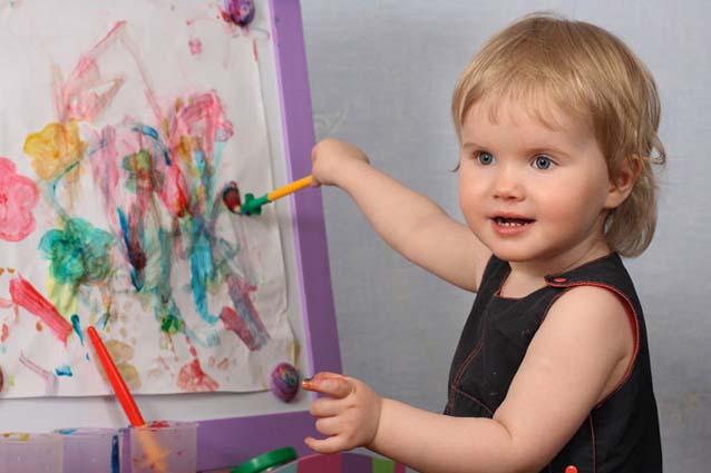 Подбираем полезные игрушки детям до 4 лет