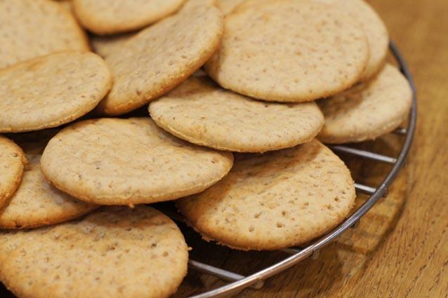 Детское галетное печенье