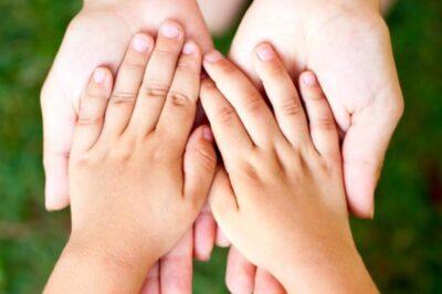 Почему у ребенка потеют ладошки?